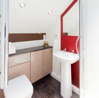 Luxury bathroom in The Hideaway at Windermere